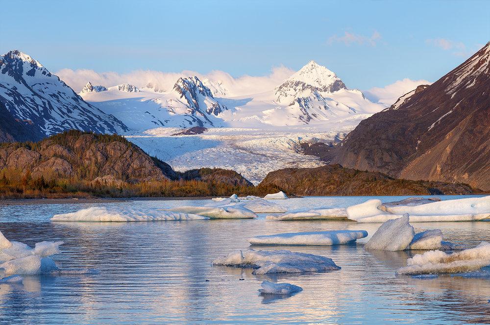 glacierlakealaska1300.jpg