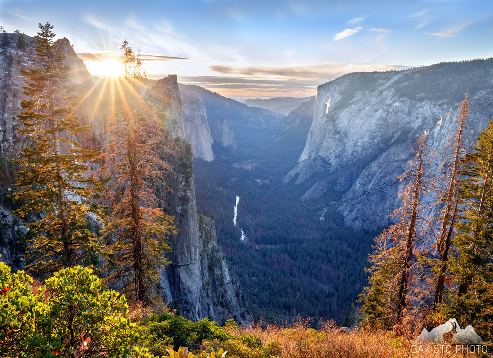 X-_Photoshop-Master-Files_Yosemite-Sunstar_3C1A4826_yosemitevalley_sunstar_2500_WM.jpg