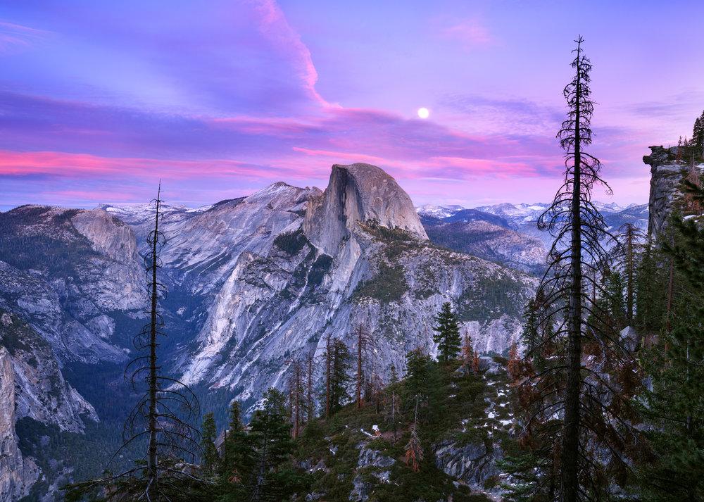 Yosemite Moon Rise