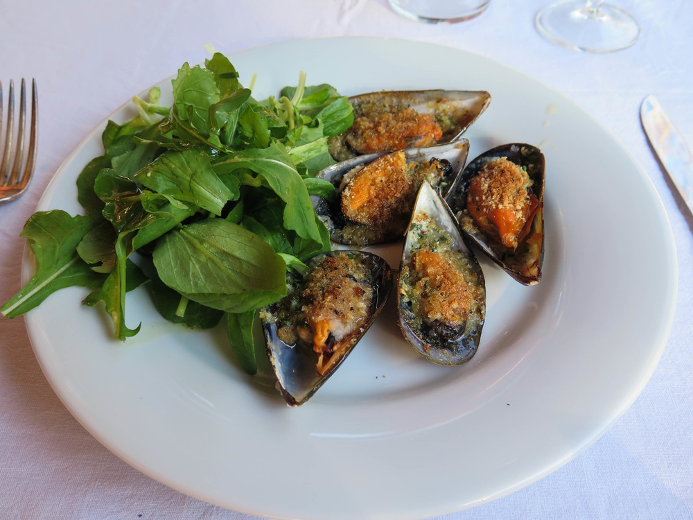 2nd course - baked mussels