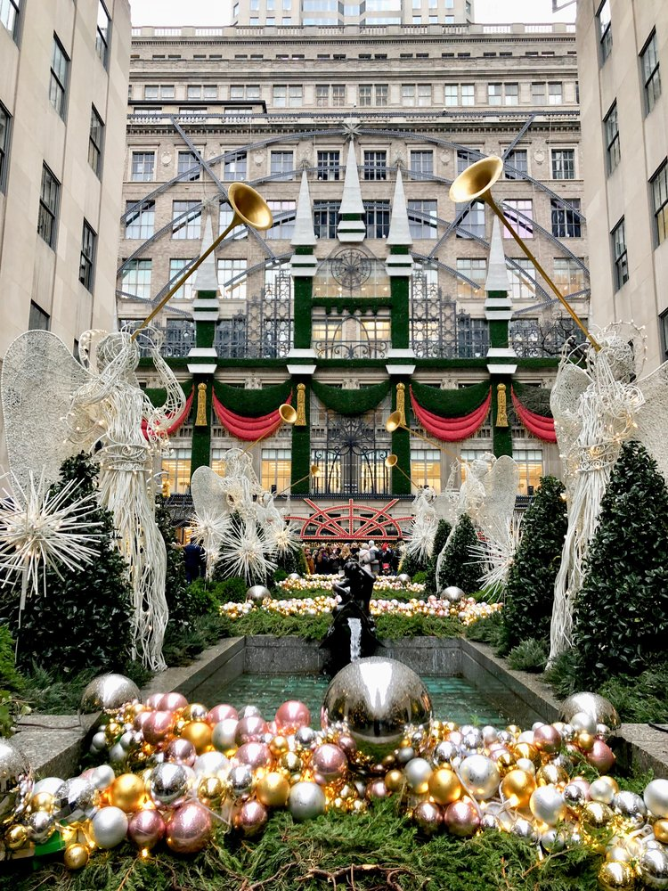 The Best Of New York During Christmas Passports And Champagne
