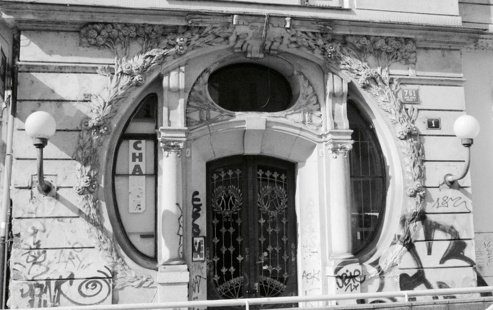 Prague Door 1.jpg