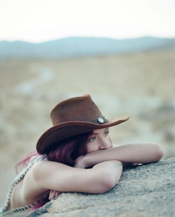 Cowgirl11.jpg