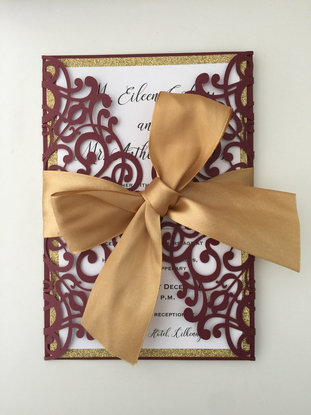 burgundy pocket with ribbon.JPG