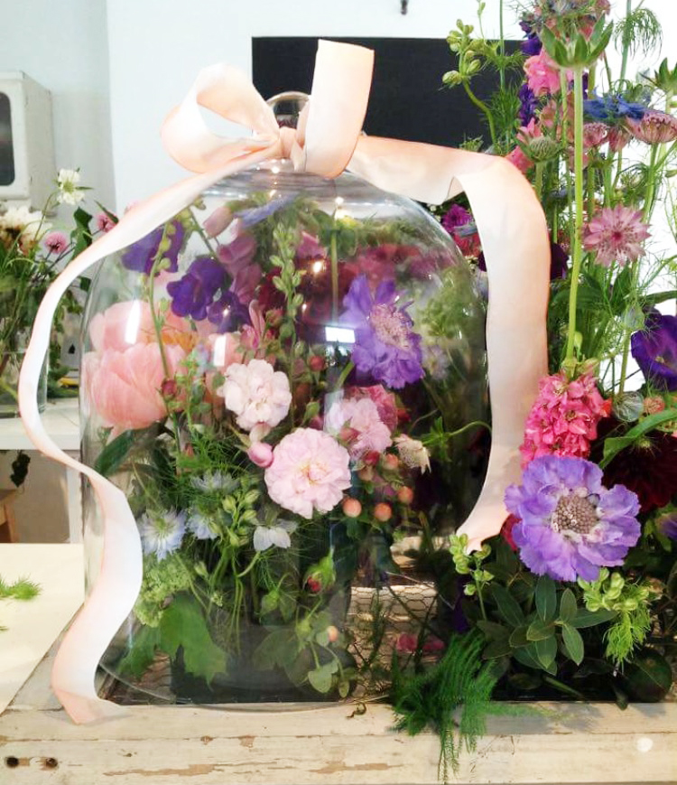 Hotel and Corporate Arrangements and Styling
