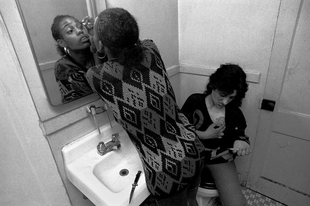 Addicted girls  Red Hook Houses, Brooklyn, NY.  1988