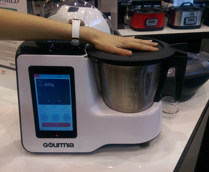 Gourmia IoT Cooking Appliance At Home and Housewares Show