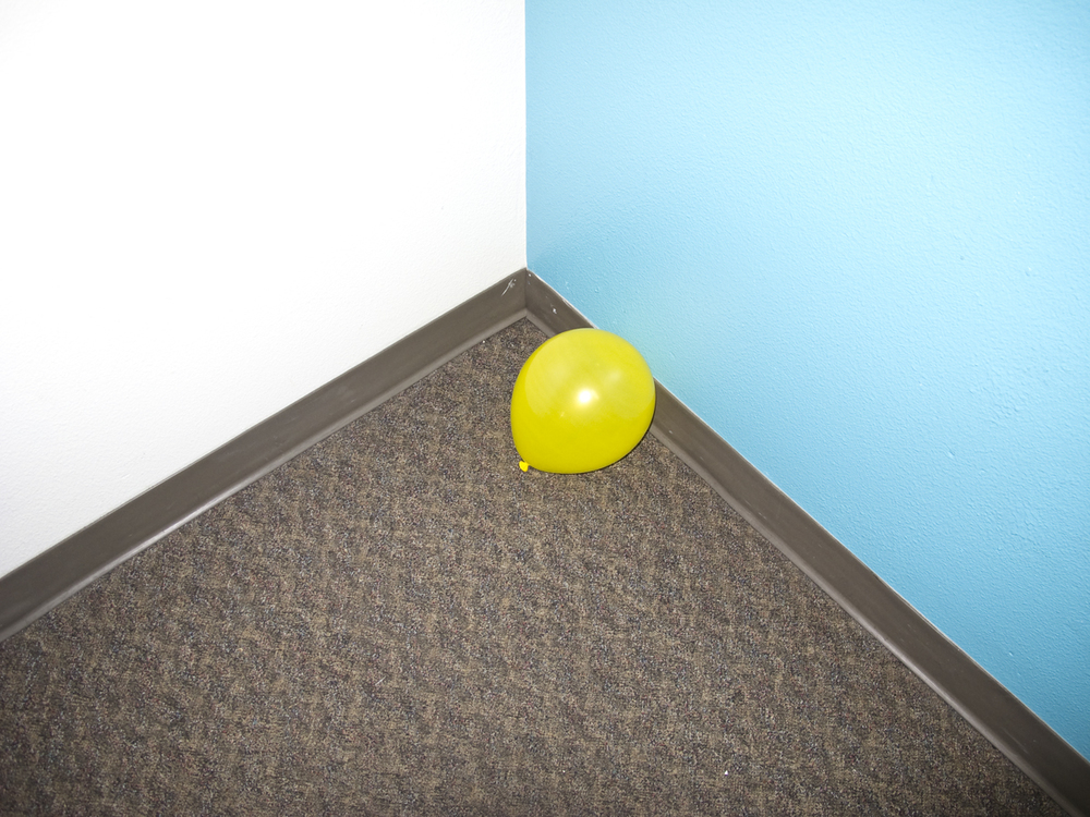 yellowballoonweb.jpg