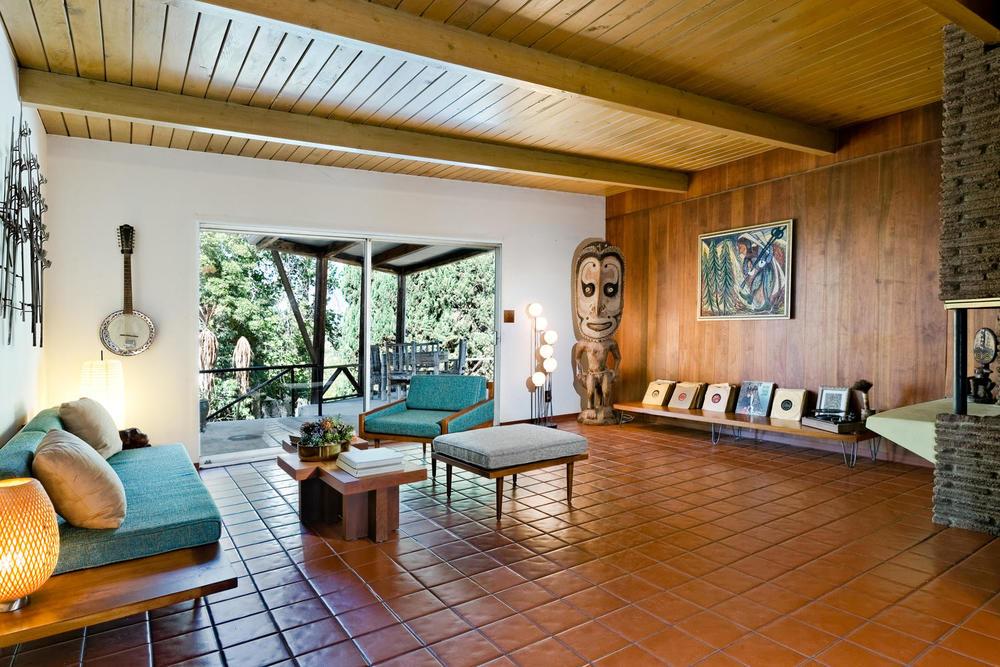 1419 Marion Dr Glendale CA-large-014-11-Living Area-1500x1000-72dpi.jpg