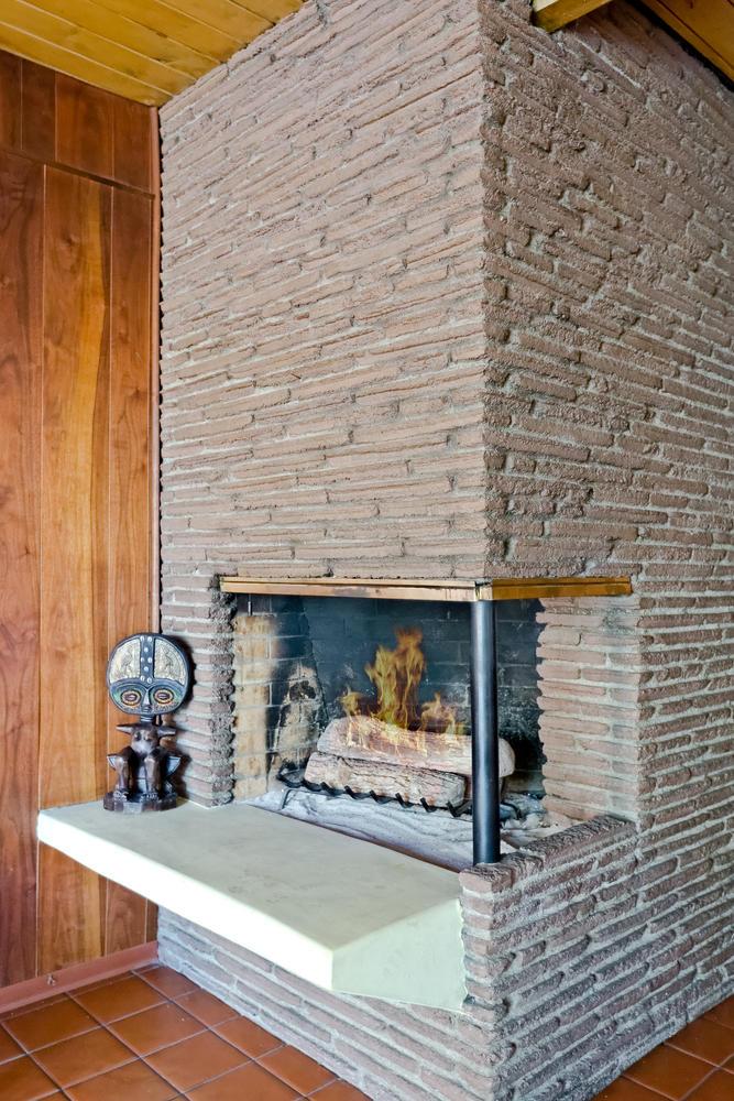 1419 Marion Dr Glendale CA-large-016-23-Fireplace Detail-667x1000-72dpi.jpg