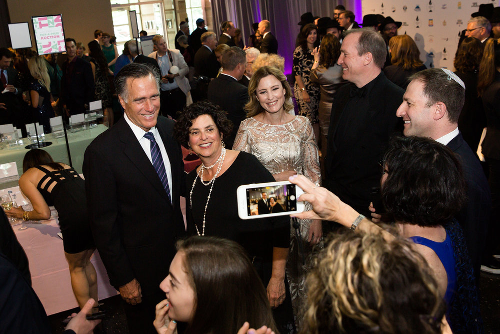 Mitt Romeny at Chabad Gala copy.jpg