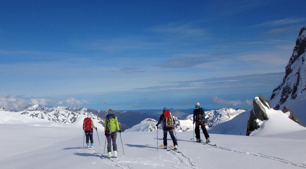 alpine-touring.jpg