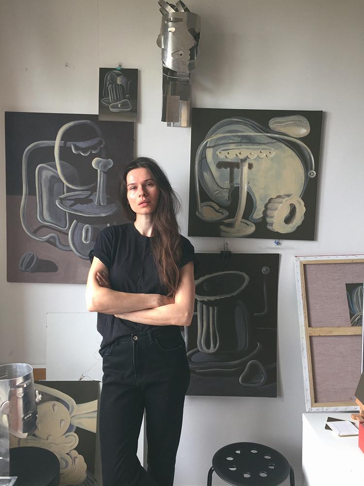 Aksiniya in her studio in Moscow