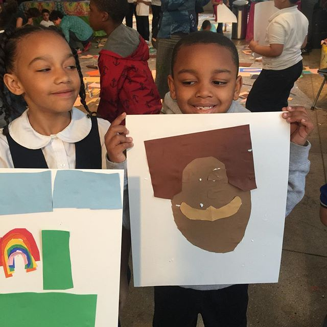 Had an amazing time making collages with these great kids at @timeinkids follow them and see the amazing work they do with young kids in challenging environments. #kids #teaching #collage #harlem #artists #young #awesome