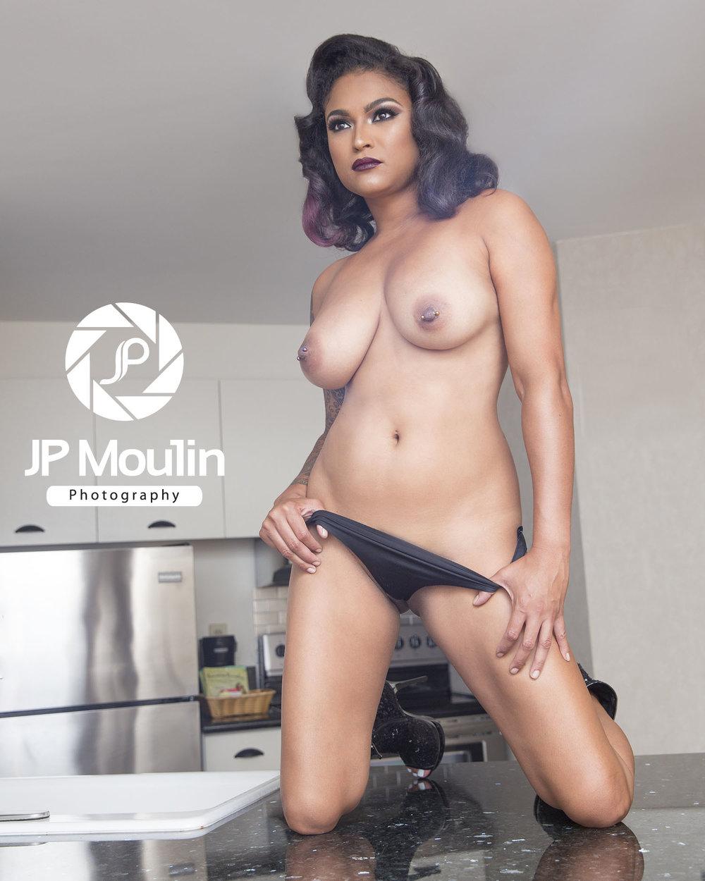 nude models Hawai