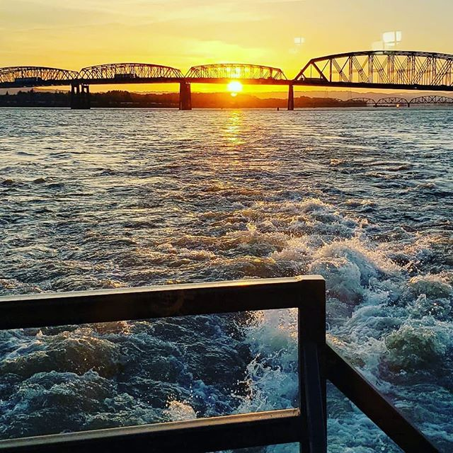 I5 Bridge at sunset #bernertbargelines #tugboat #columbiariver #sunset #bridge #river #familybusiness