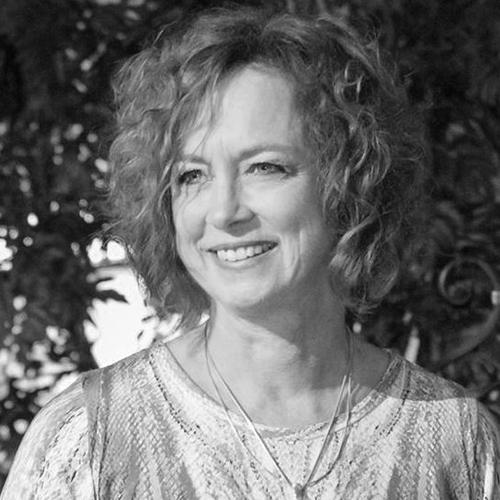 Kathy Mullen.png