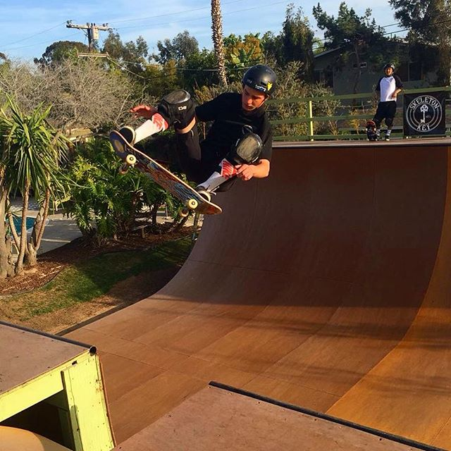 Ollie fakie on the Nardo Ramp from yesterday!  Thanks for the pic @endo242