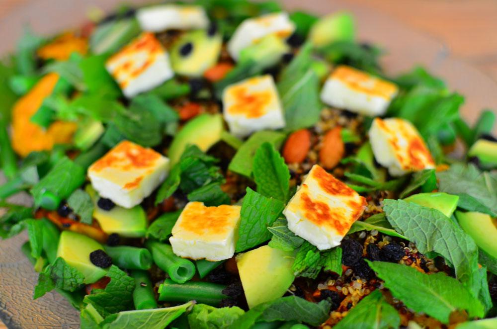 Quinoa, sweet potato and haloumi salad