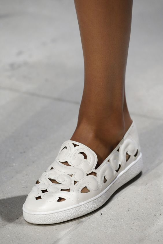 White flay shoes