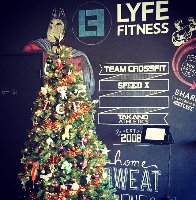 ***Save the Date*** Mark your calendars HOLIDAY WOD & PARTY  December 21st 5-8pm