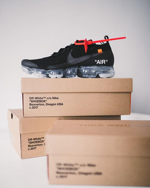 First W since years for me. Did you get one? #nike #offwhite #virgilabloh #vapormax #nikesportswear #hypebeast #hypebeastkicks #highsnobiety #minimalmovement #modernnotoriety @hypebeast @highsnobiety @minimalmovement @modernnotoriety