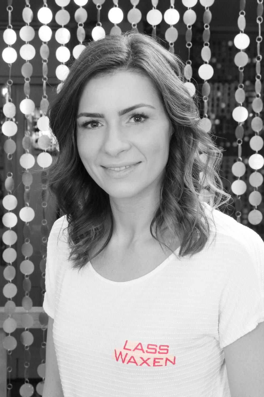 Annika N., Kosmetikerin