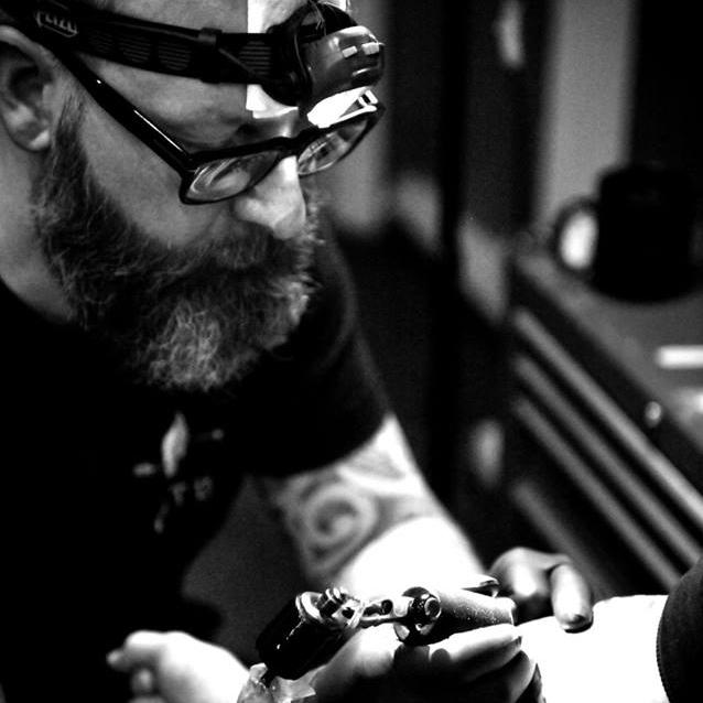 NEILL KERRY: DOTWORK TATTOO ARTIST