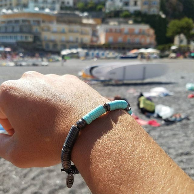 Great views for a photo shoot  #miorai  #nofilter #bracelets #bracelet #mensfashion #mensbracelet #bluegrato #positano #sorrento #italy🇮🇹 #italy #leather #leatherbracelet #metalbracelet #luxury #beach #coast #bluesky
