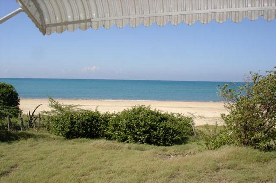 alices_cottage_treasure_beach04.jpg