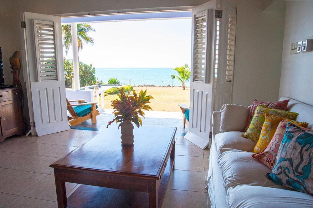 Driftwood_Treasure_Beach_Jamaica_09.jpg