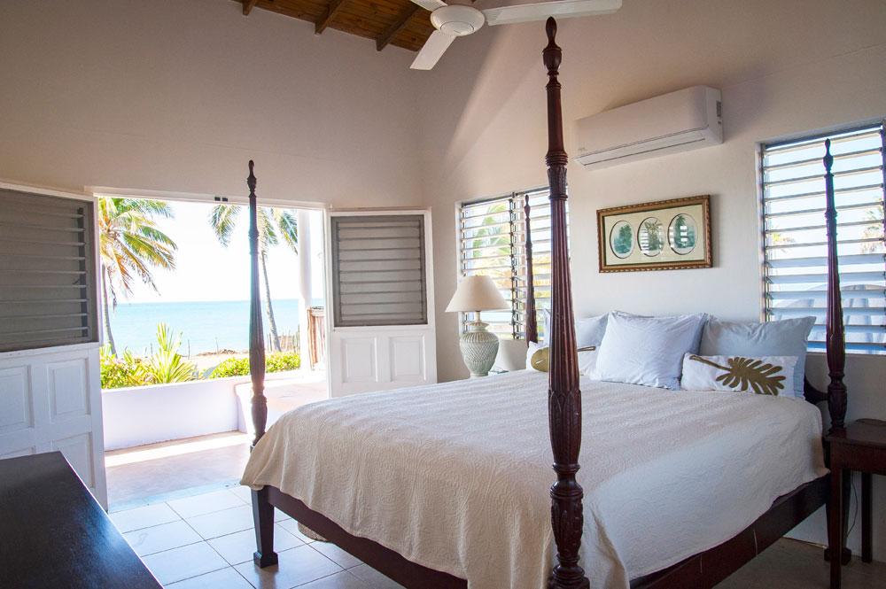 Driftwood_Treasure_Beach_Jamaica_19.jpg