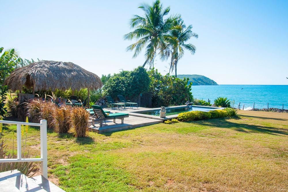 Driftwood_Treasure_Beach_Jamaica_29.jpg
