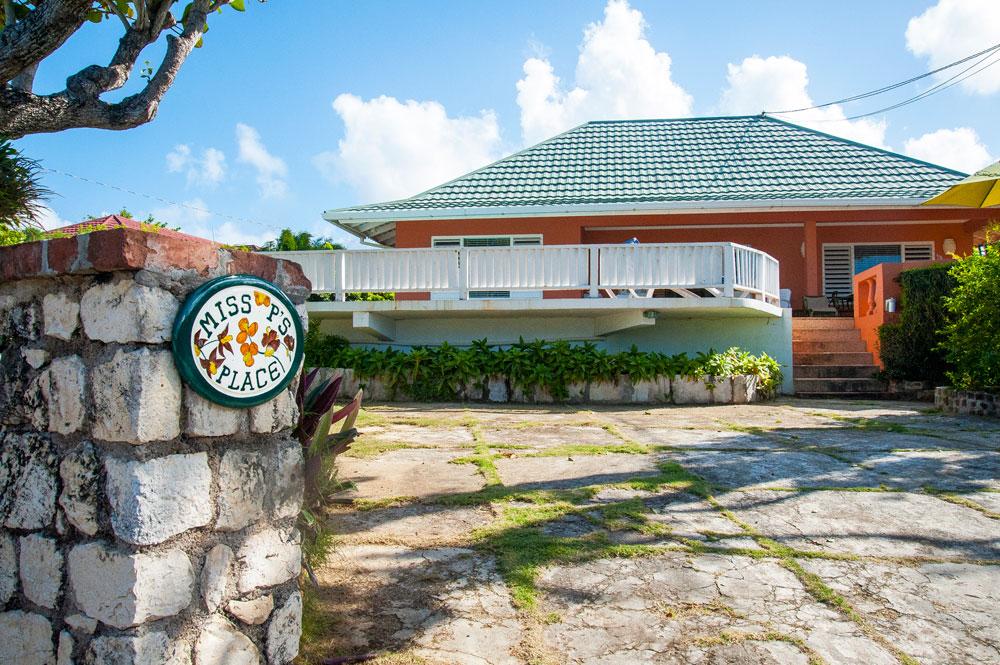 MissP's_SilverSands_Jamaica_02.jpg