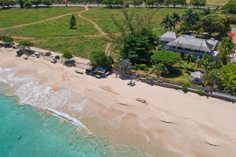 Villa_Turrasann_Runaway_Bay_Jamaica_02.jpg
