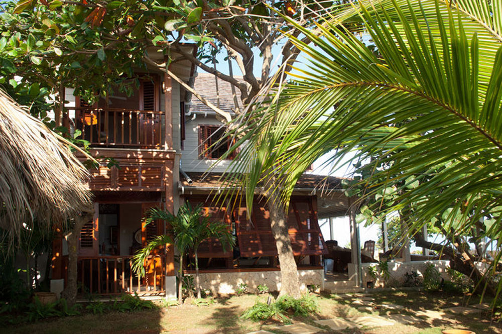 hidden_bay_villa_runaway_bay_jamaica_25.jpg