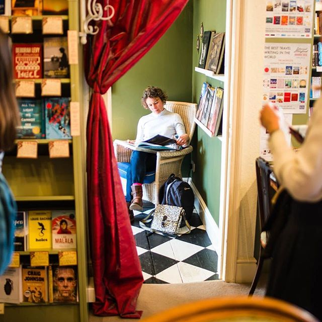 To give yourself a moment to sit down and switch off. Independent bookshops like @mrbsemporium offer so much more than just getting a book in your hands as quickly as possible. #pixieapp #independentbath