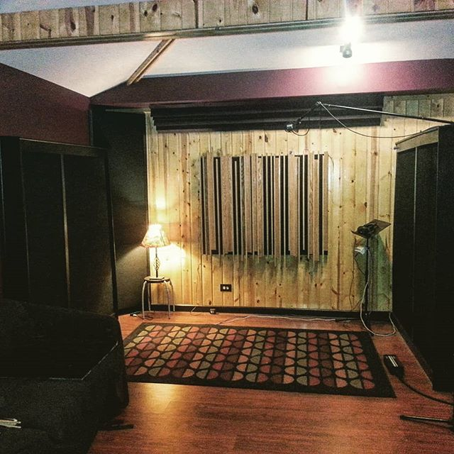 The Calm Before The Storm... Tons of New Projects Ready To Take Off Over the next few weeks! Live Room Is All Ready for a HUGE 2019.  #mixing #mastering #recordingstudio #liveroom #inthestudio #drums #recording #livemusic #bands #producer #soundcloud #miclocker #kush #2019