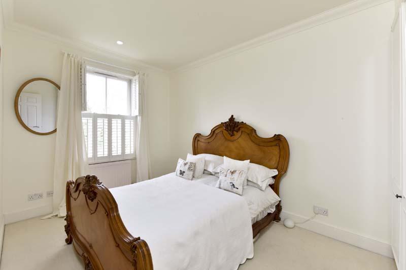 36 Rosehill Rd Bed 2S.jpg