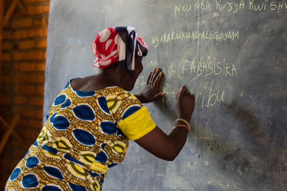Josephine writes Caribu