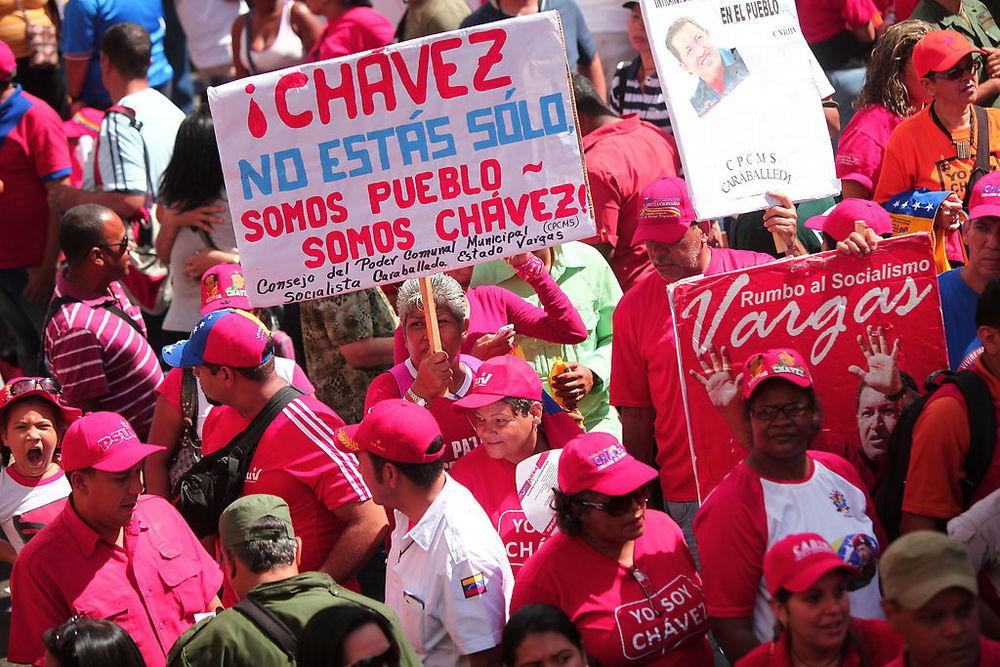 poder_popular_avenida_urdaneta_chavez.jpg