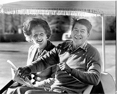 Para Piketty los gobiernos de Thatcher y Reagan fueron perjudiciales, entre otras cosas, por la desregulación del mercado financiero.