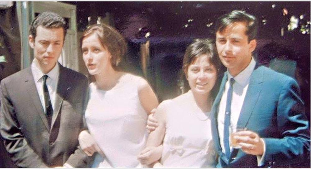 Bautista van Schouwen, Inés Enríquez Espinoza (hermana de Miguel), Alejandra Pizarro y Miguel Enríquez, 1968 (http://revuedumeridion.blogspot.com/2016/01/bautista-van-schouwen-dirigeant-du-mir.html)