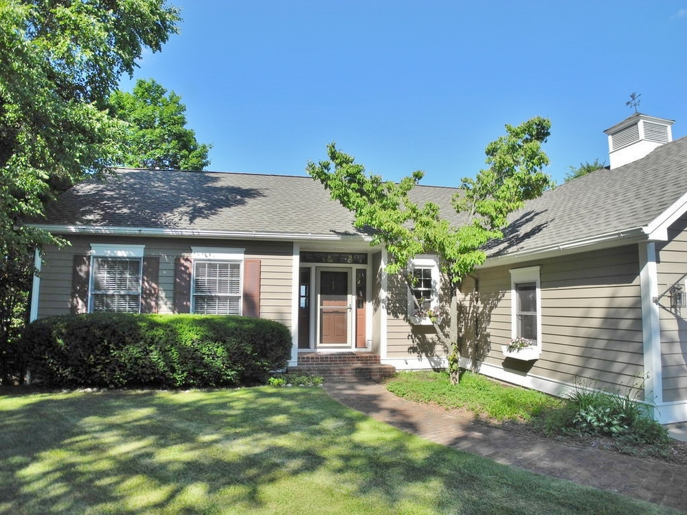 1771 S Cherry Blossom Lane, Suttons Bay waterview ranch house sold by Oltersdorf Realty LLC (2).JPG