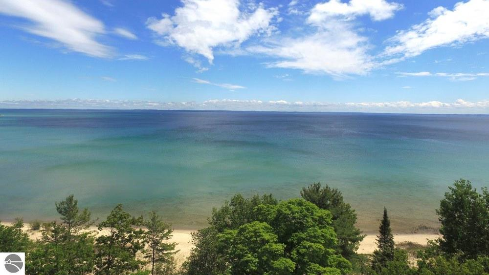 14284 E Pinecrest Drive, northport, Leelanau County, real estate sold by Oltersdorf Realty LLC (2).JPG
