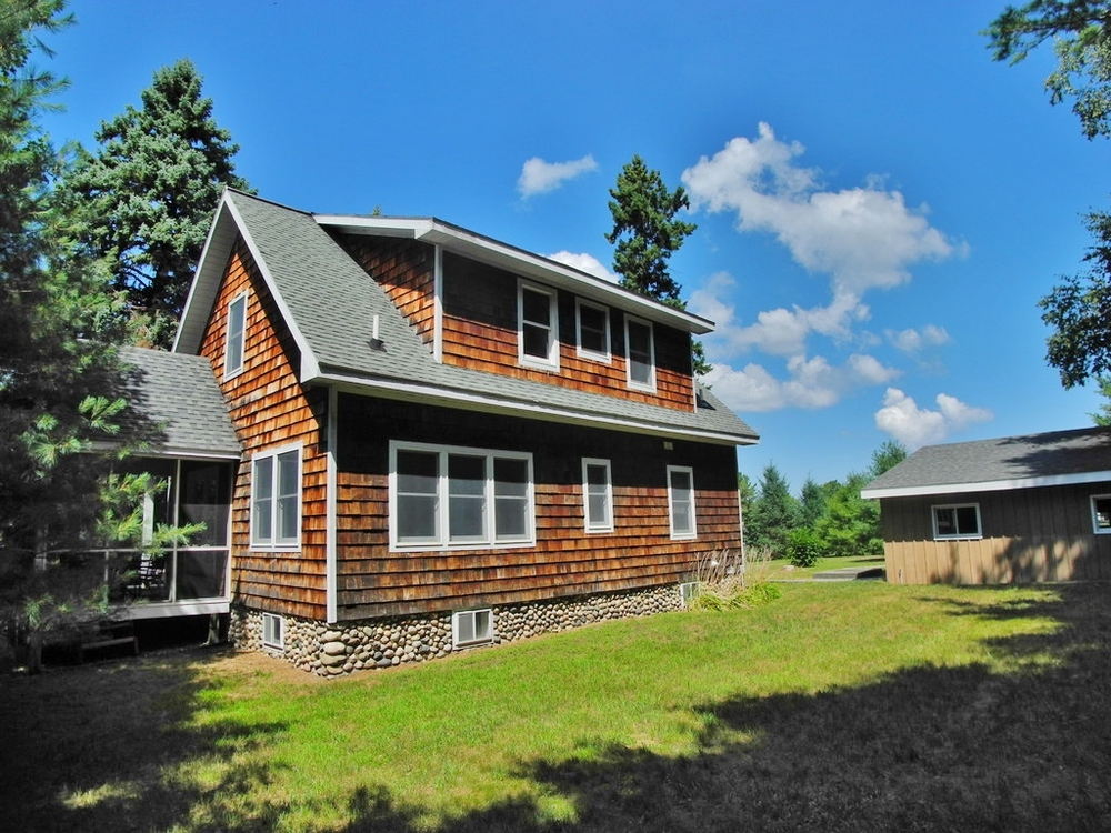 543 S Stony Point Road, Suttons Bay, MI - For Sale By Oltersdorf Realty LLC (3).JPG