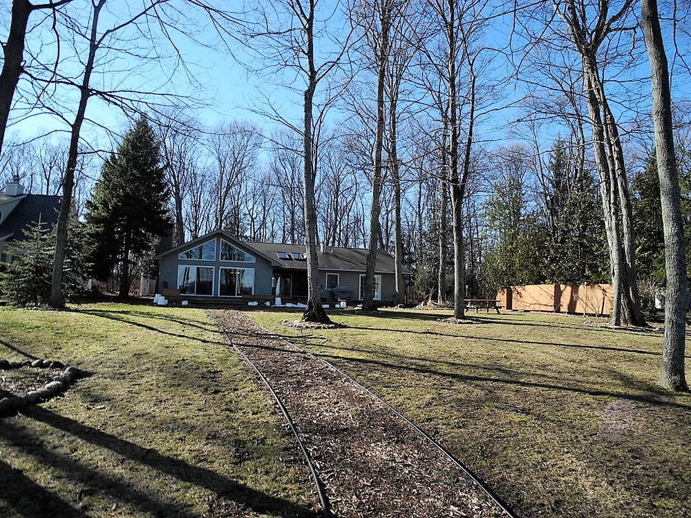 135 S Nanagosa Trail, Suttons Bay, Leelanau County, sold by Oltersdorf Realty LLC (1).JPG