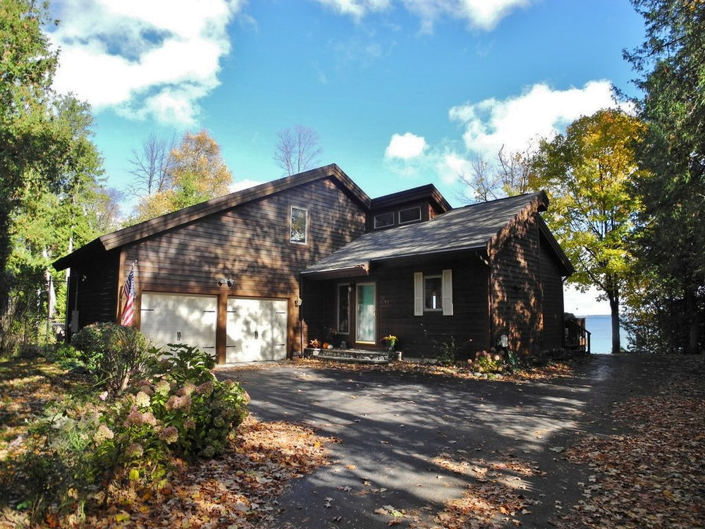 1497 S Nanagosa Trail, Suttons Bay Wateront home – FOR SALE by Oltersdorf Realty LLC (1).JPG