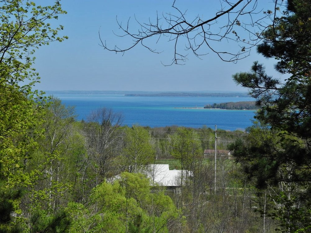 951 N Windward Drive, Suttons Bay – FOR SALE by Oltersdorf Realty LLC (5).JPG