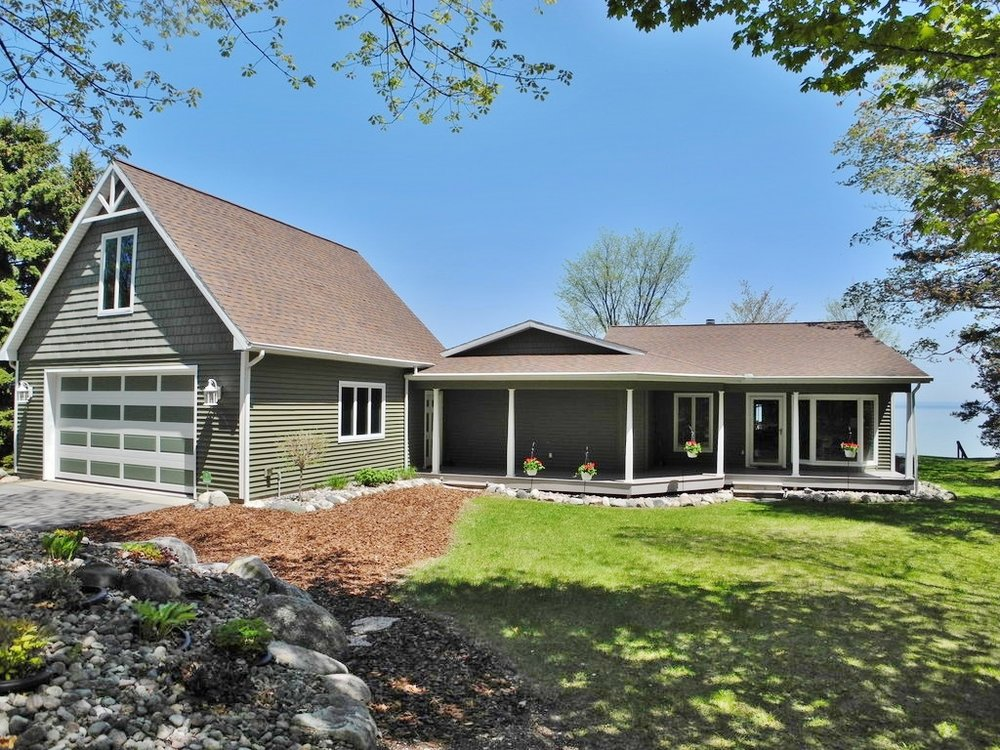 6602 N West Bay Shore Dr, Northport, MI – Ranch with 115' of Sandy Frontage on Grand Traverse Bay for sale by Oltersdorf Realty LLC (1).JPG